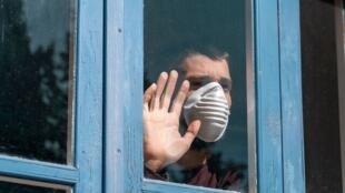 علیرضا زالی از چرخش ویروس جهش یافته در تهران و افزایش آمار مرگ و میر خبر داد
