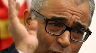 Mohsen Marzouk, le secrétaire général de Nidaa Tounes, a annoncé ce mercredi 6 janvier 2016 qu'il allait rompre avec son parti et en créer un autre.