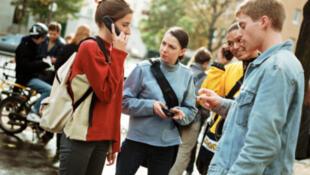 Estudantes estrangeiros estavam sendo obrigados a deixar a França após concluírem curso superior.
