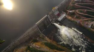 Le barrage de Souapiti.