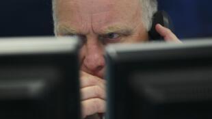 Le gouvernement britannique prévoit une récession de plus de 14% pour 2020