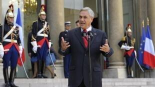 El presidente chileno Sebastián Piñera en el Palacio del Elíseo, París,  20 de octubre de 2010.