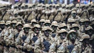 Parade des soldats des forces spéciales ivoiriennes pour le 58e anniversaire de l'indépendance de la Côte d'Ivoire, le 7 août 2018.