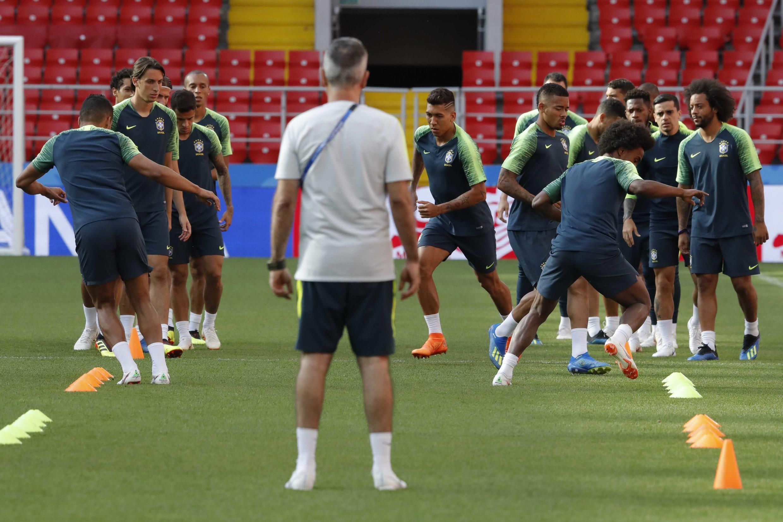 Treino da seleção brasileira no estádio de Spartak, na Rússia