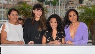 Les comédiennes australiennes du film «Les Saphirs» (de g à d) Deborah Mailman, Shari Sebbens, Miranda Tapsell et Jessica Mauboy, à Cannes, le 20 mai 2012.