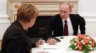 Merkel da Putin