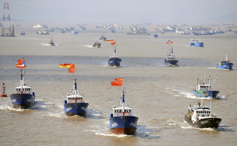 Các tàu đánh cá từ Chiết Giang, Trung Quốc đi đến ngư trường gần quần đảo tranh chấp với Nhật Bản ngày 17/09/2012.