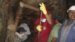 Siguen los trabajos de rescate en la mina Cabeza de Negro.