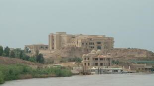 Tikrit est la deuxième ville la plus importante contrôlée par les jihadistes de EI, après Mossoul.