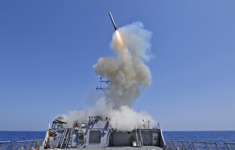 Mỹ loại trừ khả năng can thiêp trên bộ, chủ yếu dùng tên lửa Tomahawk bắn từ chiến hạm Mỹ ngoài khơi Syria - REUTERS