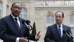 François Hollande, le président français a déjà reçu plusieurs fois son homologue nigérien. Ici, le 10 mai 2013.