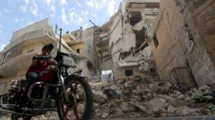 La ville d'Alep, cible de combats acharnés, est un champ de ruines (ici fin septembre 2015).