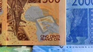 000_1ry48i_france_cfa_1920
