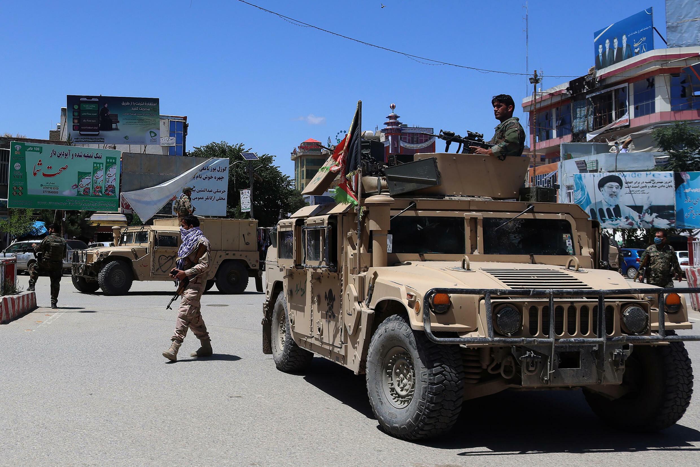 Fuerzas de seguridad afganas durante los combates contra los talibanes en Kunduz, Afganistán, el 19 de mayo de 2020