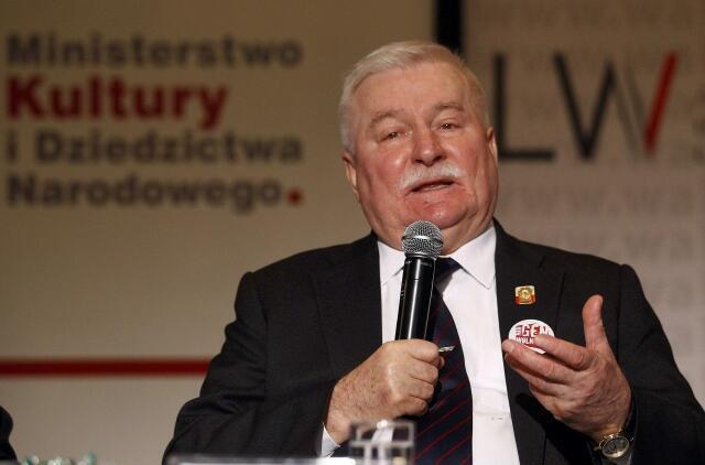Lech Walesa, ancien président polonais et leader du mouvement Solidarité, à Varsovie, le 13 décembre 2011.