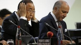 French Foreign Minister Laurent Fabius, President-designate of COP21 (R), and United Nations Secretary General Ban Ki-moon attend a meeting during the World Climate Change Conference 2015 (COP21) at Le Bourget, near Paris, France, December 7, 2015