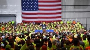 دونالد ترامپ، رئیس جمهوری آمریکا روز سه شنبه ١۳اوت در ایالت پنسیلوانیا طی سخنانی از سیاست های خود در زمینه انرژهای فسیلی دفاع کرد