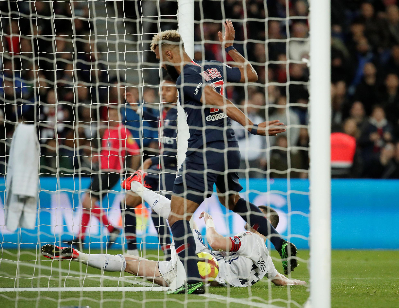 Le moment où le Camerounais Choupo-Moting a raté un but qui lui tendait les bras lors de PSG-Strasbourg.