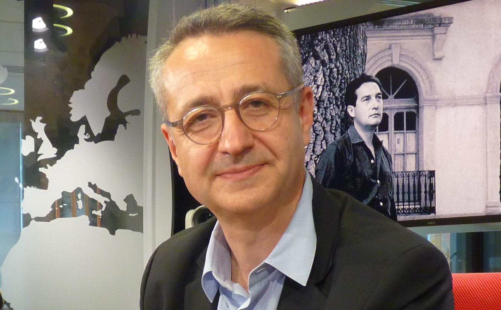 Paul-Henri Giraud en los estudios de RFI