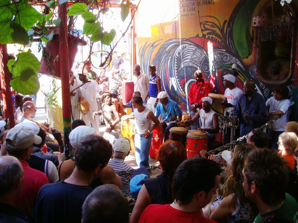 """La Unesco asegura que la rumba cubana contribuye a """"fomentar el respeto y la convivencia entre las comunidades""""."""