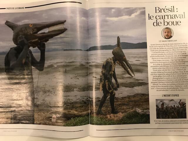 """Revista francesa L'Obs escolhe fotografia simbólica do Carnaval em Paraty para sua seção """"A Imagem da Semana""""."""
