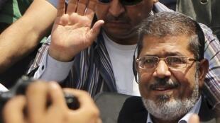 محمد مُرسی، نامزد اخوان المسلمین