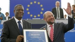 Le président du Parlement européen, Martin Schulz, a salué un homme «qui se bat pour la dignité des femmes, la justice et la paix dans son pays»