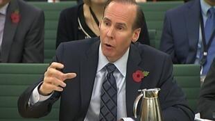 Le directeur financier de Starbucks, Troy Alstead lors de son audition par la Commission des comptes publics, le 12 novembre 2012.