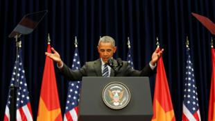 Tổng thống Mỹ Barack Obama phát biểu ở Trung Tâm Hội Nghị Quốc Gia, Hà Nội, ngày 24/05/2016.