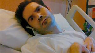 Венсан Ламбер попал в аварию в 2008 году, врачи долго боролись за его жизнь, но восстановить полностью работу его мозга так и не удалось