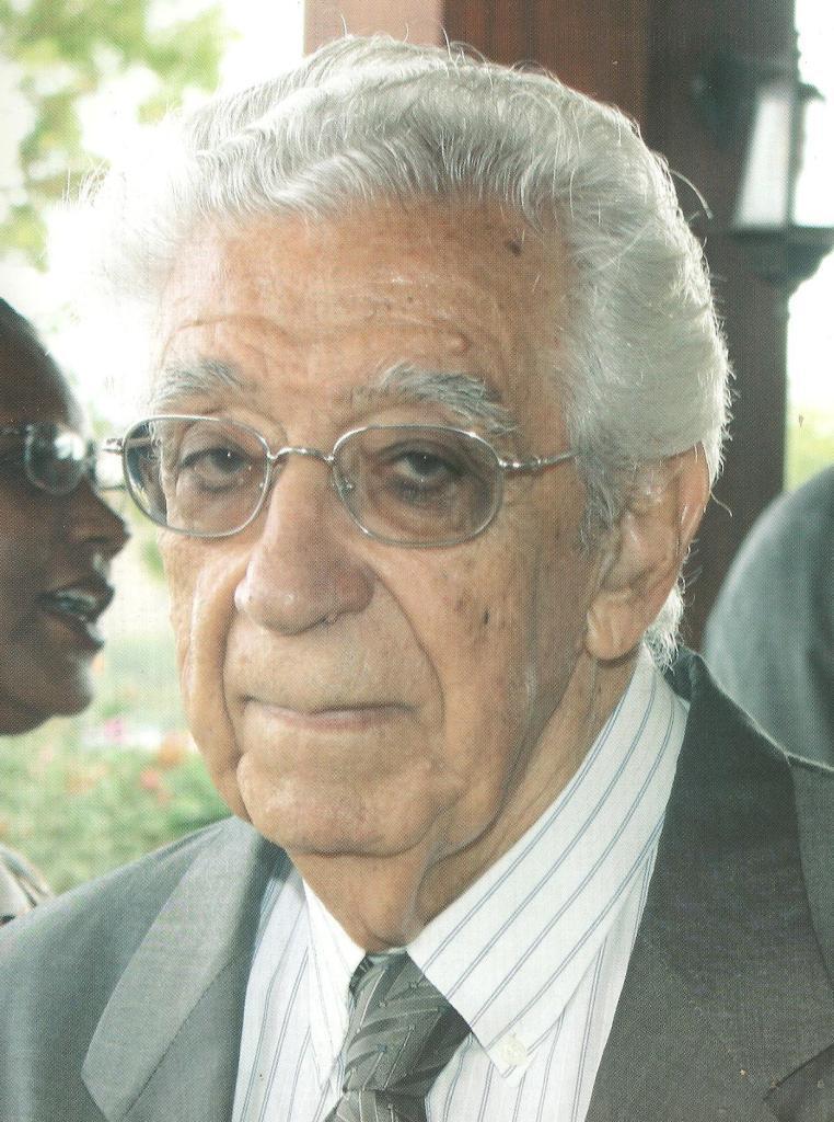 Arnaldo França, escritor e antigo ministro cabo-verdiano