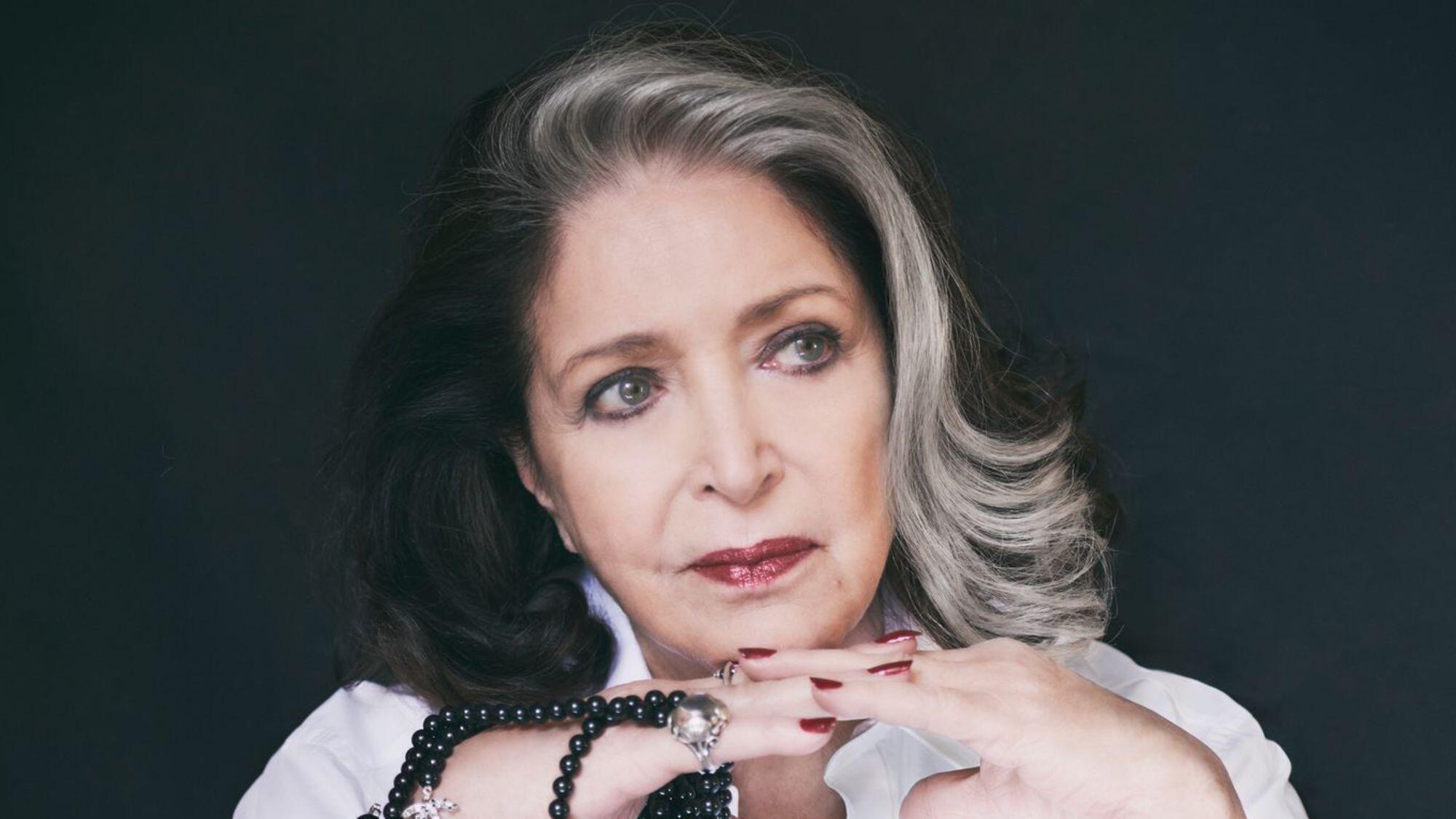 La comédienne Françoise Fabian sort un album réalisé par Alex Beaupain.