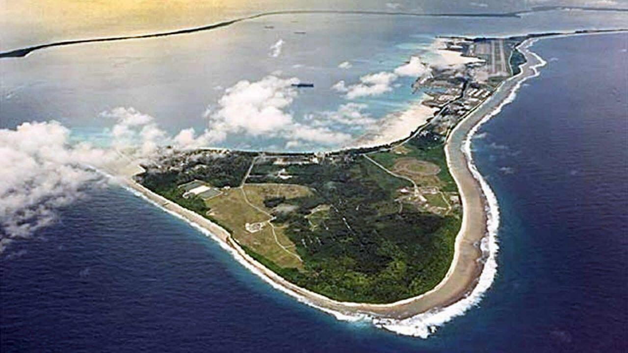Diego Garcia , the largest of the Chagos islands, leased by Britain to the United States to use as a joint military base.