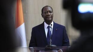 Le président ivoirien, Alassane Ouattara, de retour à Abidjan, le 2 mars 2014.