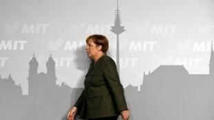 លោកស្រីប្រមុខរដ្ឋាភិបាលអាល្លឺម៉ង់ Angela Merkel