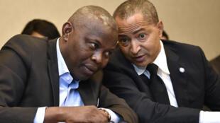 Deux des figures de l'opposition congolaise, Vital Kamerhe (g.) et Moise Katumbi, ici, à Bruxelles, le 4 septembre 2018.