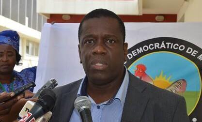 Daviz Simango, líder do MDM, foi hoje a enterrar na Cidade da Beira, em Moçambique.