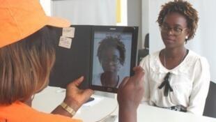 Registo eleitoral em Angol
