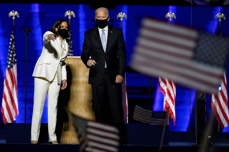 2020-11-08T015001Z_1525251778_RC2PYJ93DHUH_RTRMADP_3_USA-ELECTION-BIDEN