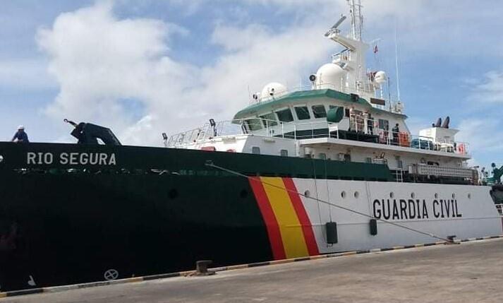 navio guarda civil espanhola