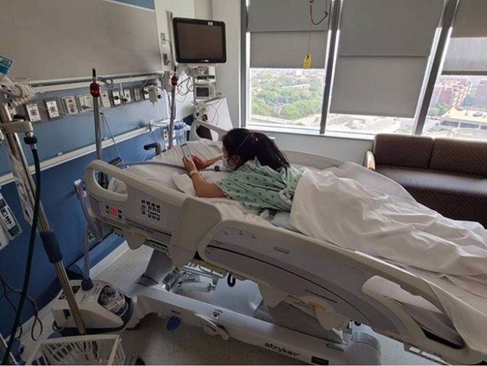 paciente-ingresada-con-covid-19-700x526