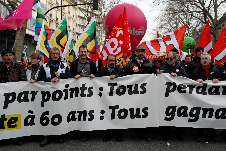 Uma nova greve geral está prevista para a próxima quinta-feira (16).