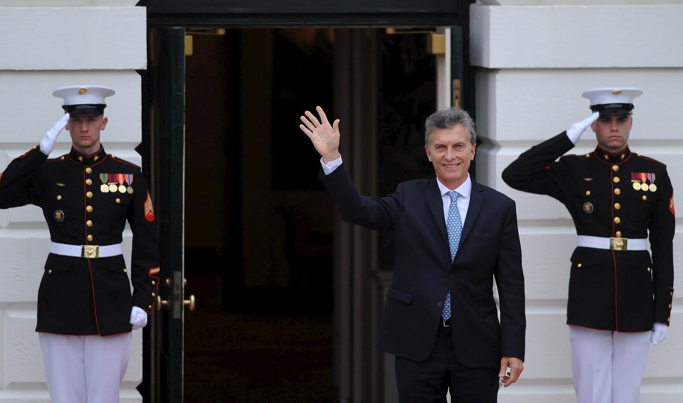 Tổng thống Achentina Mauricio Macri cũng dính vào vụ tai tiếng Panama Papers.