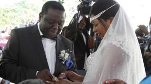 Zimbabwe's Prime Minister Morgan Tsvangirai and partner Elizabeth Macheka exchange rings, Harare, 15 September, 2012