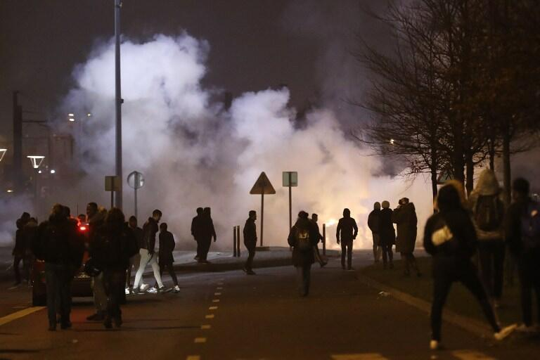 Youths set fires at Bobigny on 11 February