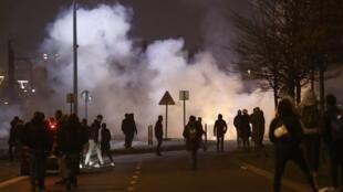 巴黎東郊波比尼市Bobigny2017年2月11日晚