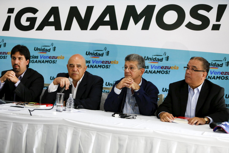 Jesús Torrealba, secretario general de la colaición de la oposición el 11 de diciembre 2015.