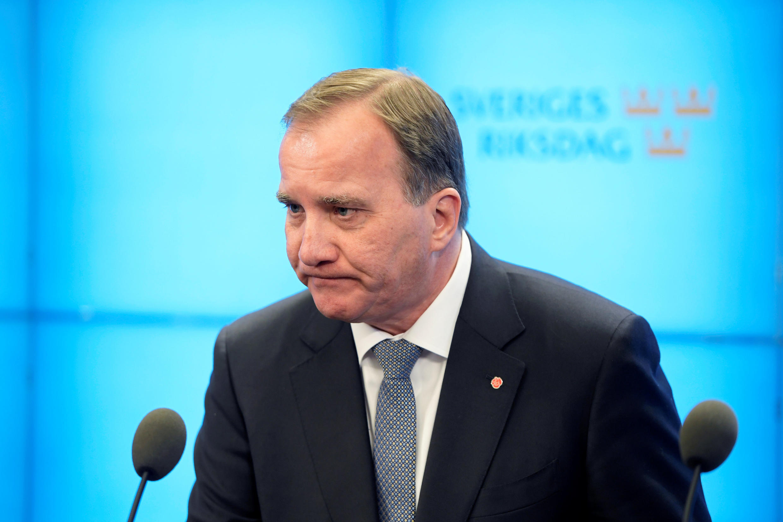 Le Premier ministre suédois Stefan Löfven, lors d'une conférence de presse après son éviction par le Parlement.