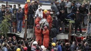 A explosão em uma mina de carvão no leste da Turquia, deixou pelo menos 205 mortos e mais de 80 feridos.