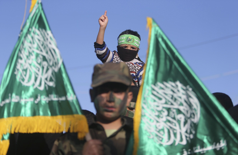 A ranar 15 ga watan Yunin 2007 ta karbi ragamar shugabanci a Gaza bayan gwabza fada da Fatah